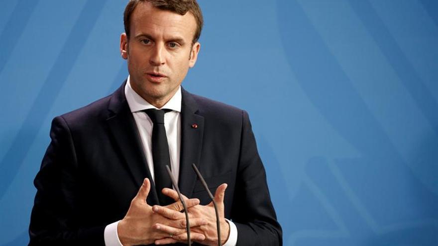 Siria y Ucrania, los grandes contenciosos del encuentro entre Macron y Putin