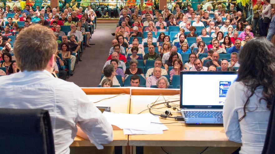 Asamblea de presentación de Ganemos la Región de Murcia el pasado mes de septiembre / Kike Alcaide