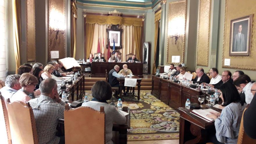 Un momento del Pleno en la Diputación de Albacete, este jueves