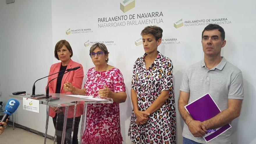 Uxue Barkos (Geroa Bai), Marisa de Simón (I-E), María Chivite (PSN) y Eduardo Santos (Podemos)