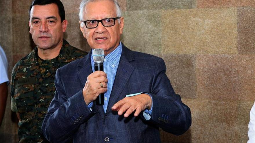 Presidente de Guatemala envía terna al Congreso para designar vicemandatario