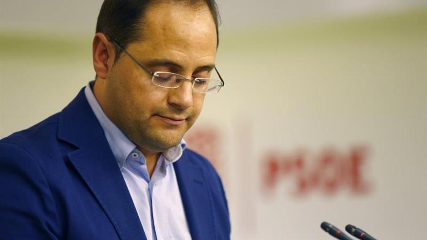 Sánchez mantiene su intención de encabezar un gobierno alternativo al de Rajoy