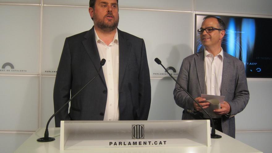 CiU y ERC plantean un gran acuerdo para revertir por ley los recortes cuando sea posible