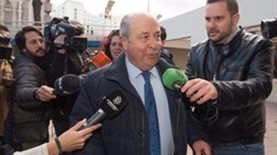 Ayuntamiento pide cuatro años de prisión para el exalcalde de Granada (PP) en el 'caso Serrallo'