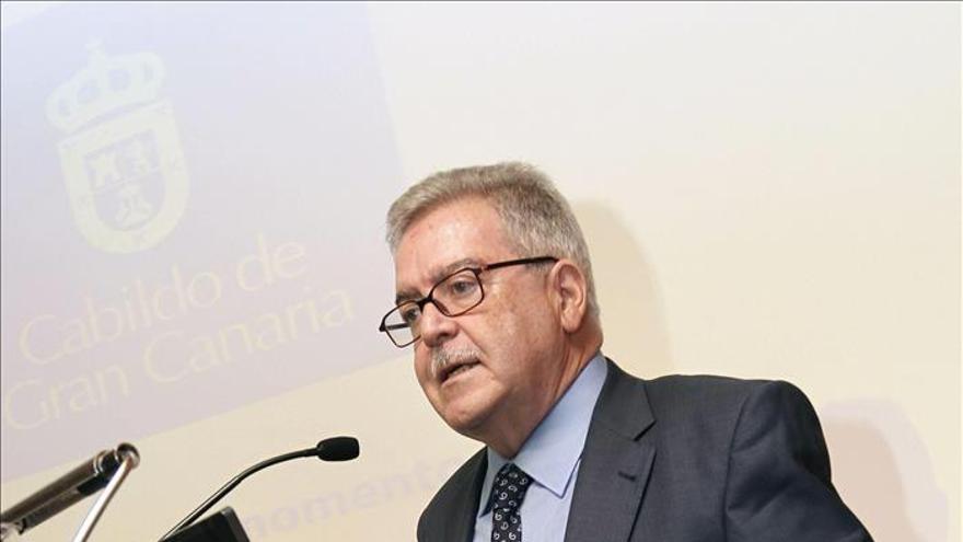 El presidente grancanario (PP) avisa a Soria de la pésima impresión de Fomento