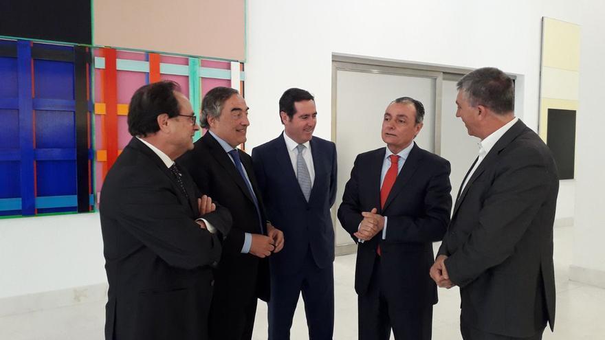 Los consellers de Hacienda e Industria, Vicent Soler y Vicent Climent, junto a Salvador Navarro y Juan Rosell