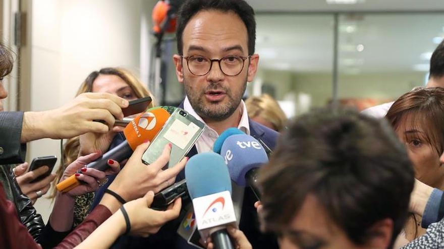 El PSOE se persona como acusación en el caso Canal y pide apartar a Moix
