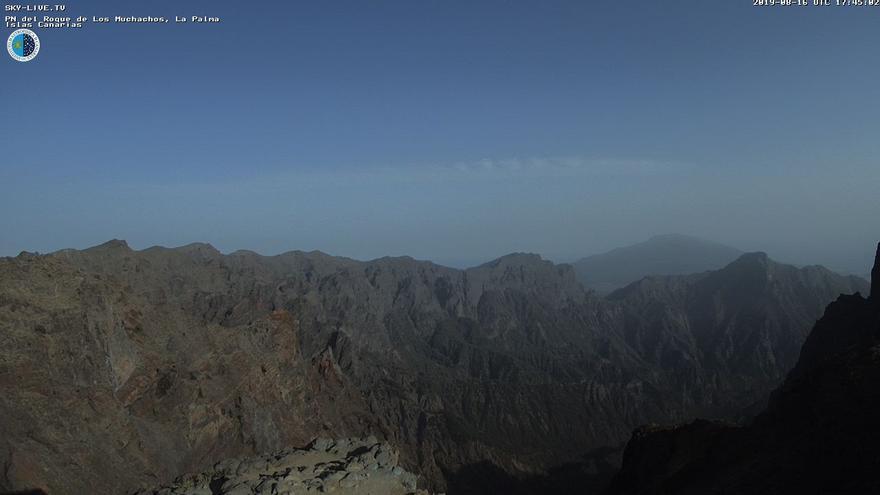 Imagen de este viernes captada de la webcam de Sky Live TV del IAC en el Roque de Los Muchachos (Garafía).