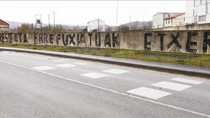 Pintada en favor de la excarcelación de los presos de ETA.