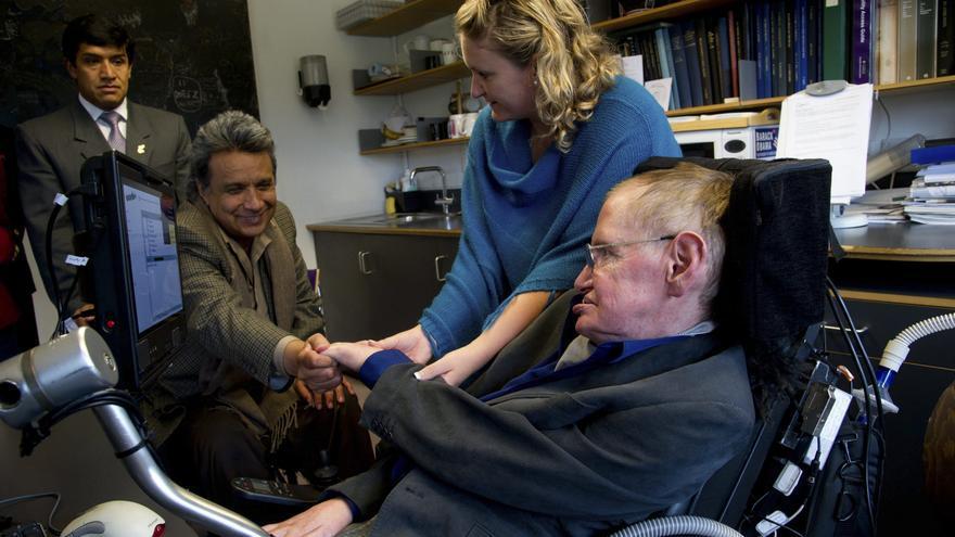 El científico inglés Stephen Hawking visitará Galápagos y la Amazonía de Ecuador