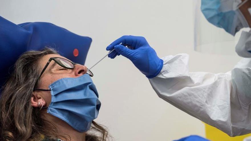 España ocupa el octavo lugar en número de test de coronavirus realizados