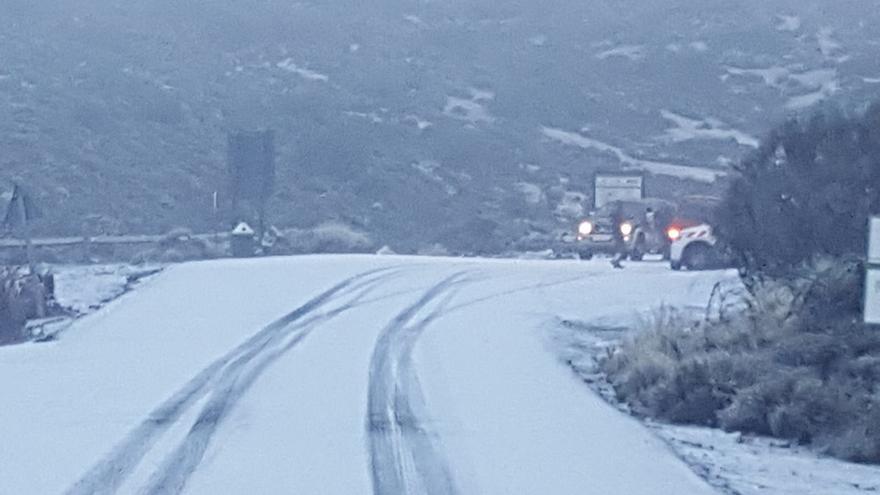 Nieve en la cumbre de Tenerife, este martes