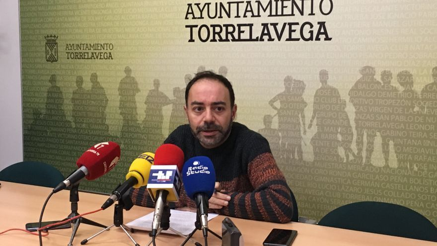 Iván Martínez, portavoz de Acpt en Torrelavega.   ACPT