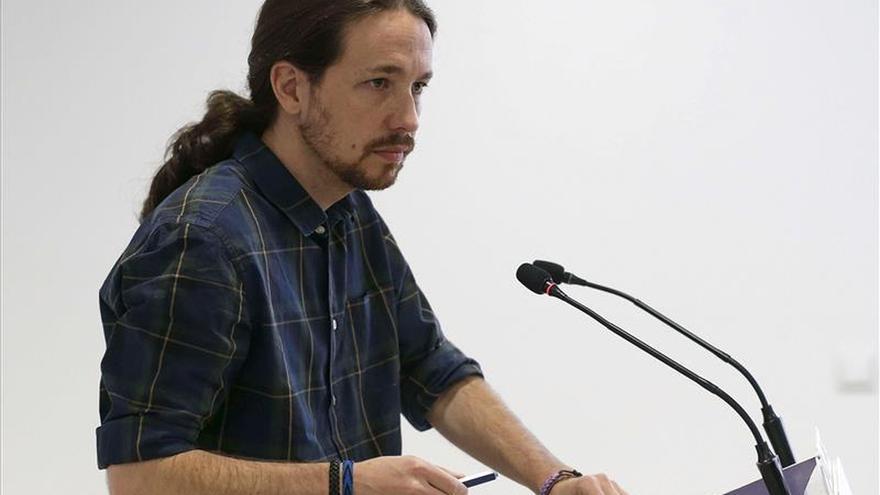 """Pablo Iglesias advierte a IU de que Podemos no será su """"balsa de salvamento"""""""