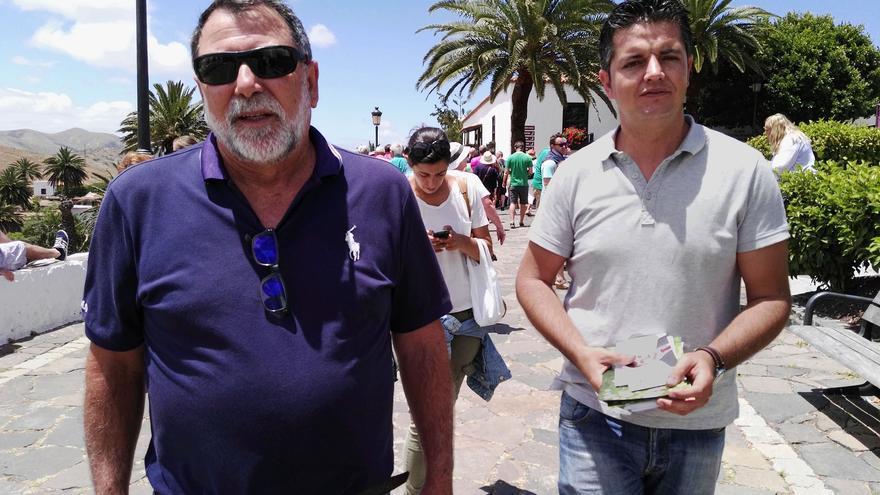 Los candidatos del PSOE-NC al Senado por Fuerteventura, Taishet Fuentes y Moncho Paniagua