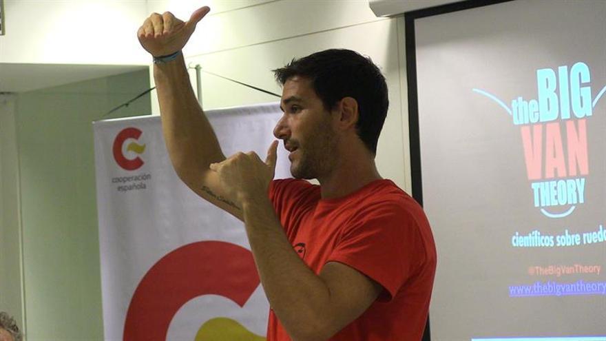 El físico español Javier Santaolalla, un youtuber de la ciencia