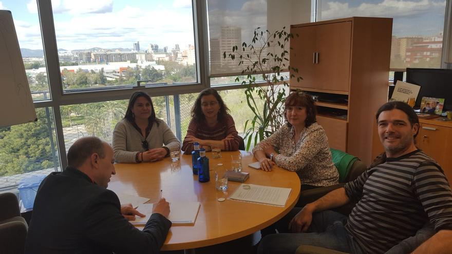 Imagen de la reunión de Morvedre Aire Net con Joan Piquer