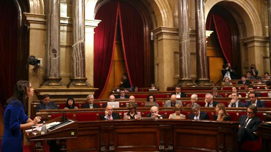 """Arrimadas reivindica el catalanismo reformista frente a las """"mentiras"""" de Mas"""