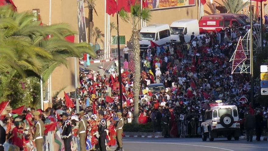 Mohamed VI hace entrada triunfal en El Aaiún y anuncia enormes proyectos