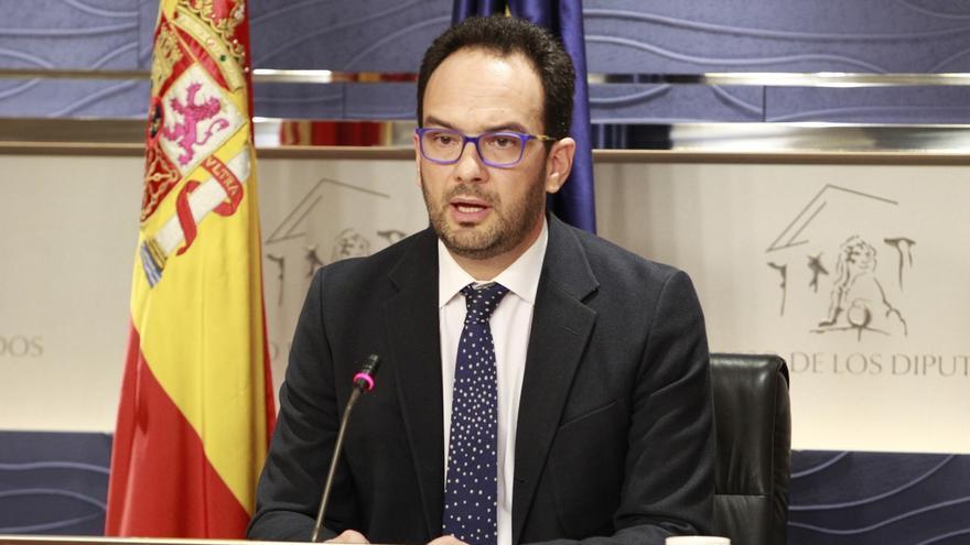 """Hernando (PSOE) tranquiliza a los presidentes de diputaciones y asegura que se trata de """"modernizarlas"""""""