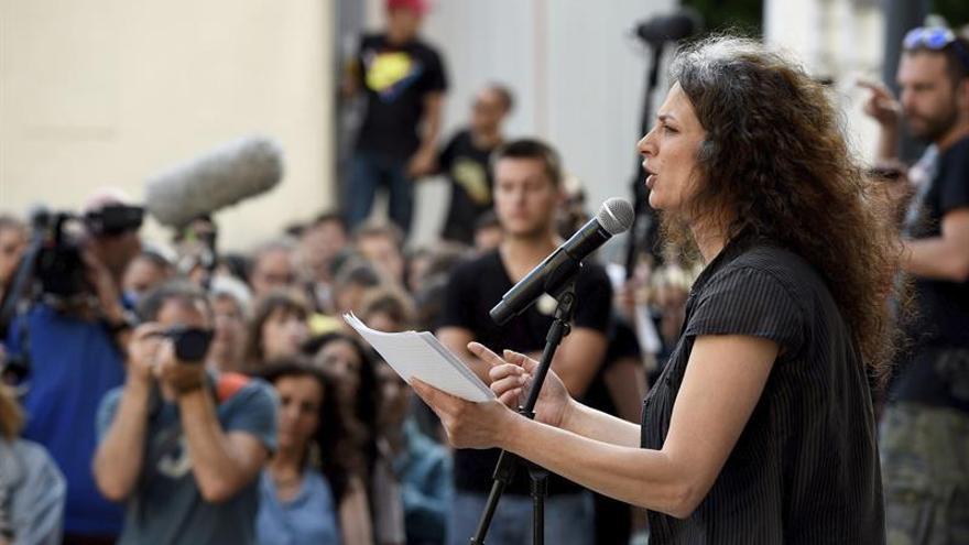 Arte o mal gusto: una campaña contra las leyes de asilo desata la polémica en Berlín