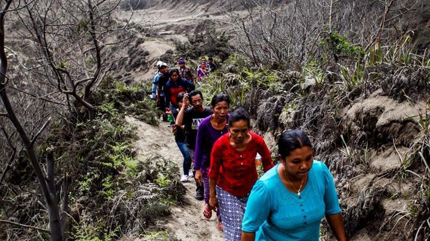 Elevan a 6,6 grados la magnitud del terremoto en la isla indonesia de Java