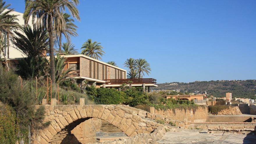 La cala del Ministre en Xàbia (Alicante).