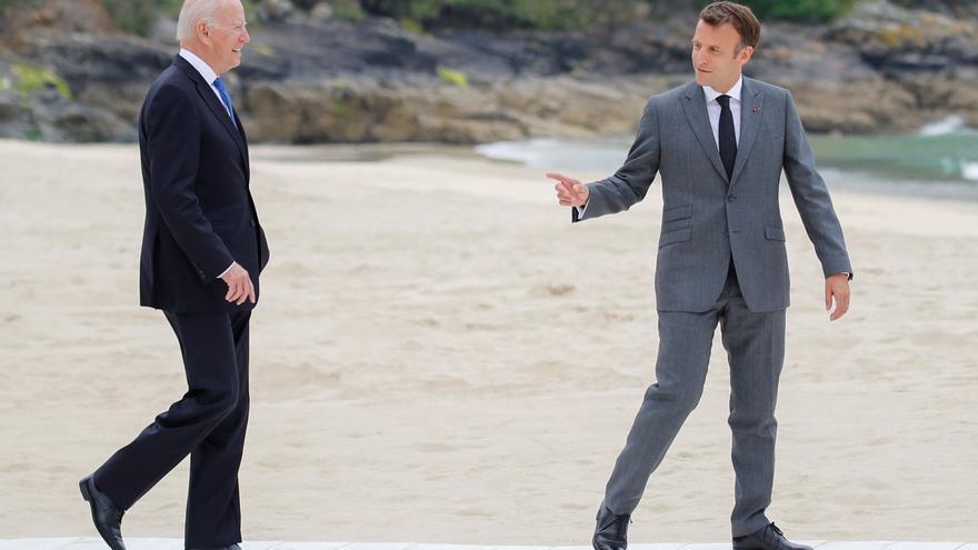 Biden y Macron conversan sobre la lucha antiterrorista en el Sahel