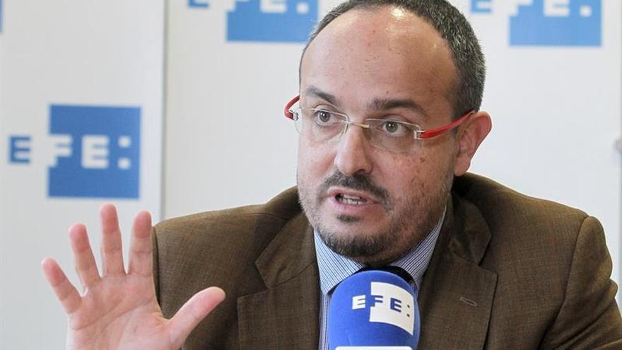 """PP: """"Una declaración unilateral de independencia es un golpe de Estado"""""""