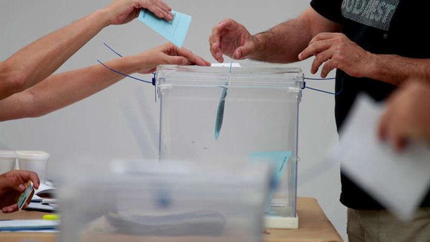 El 55 % de los españoles rechaza nuevas elecciones, según un sondeo de El Mundo