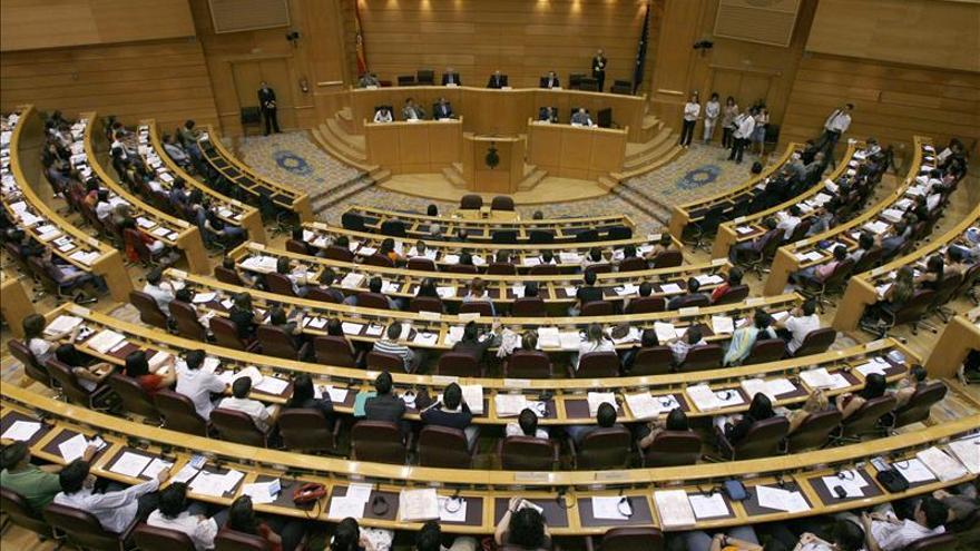 El Senado modifica su calendario de plenos por el debate de la nación