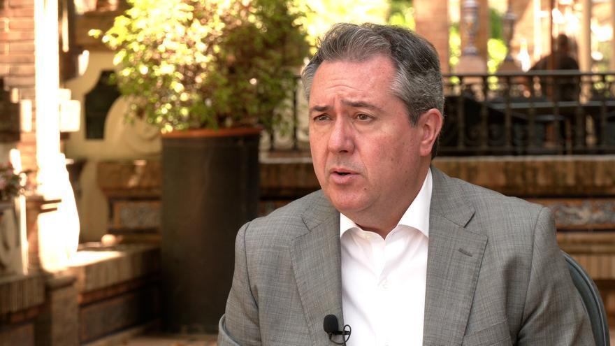 El alcalde de Sevilla y candidato de las primarias del PSOE-A, Juan Espadas, en una imagen de archivo de una entrevista concedida a Europa Press.