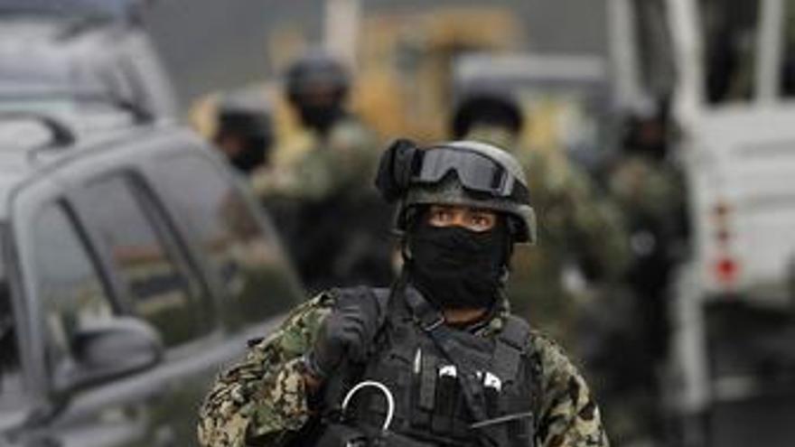 Soldados en México
