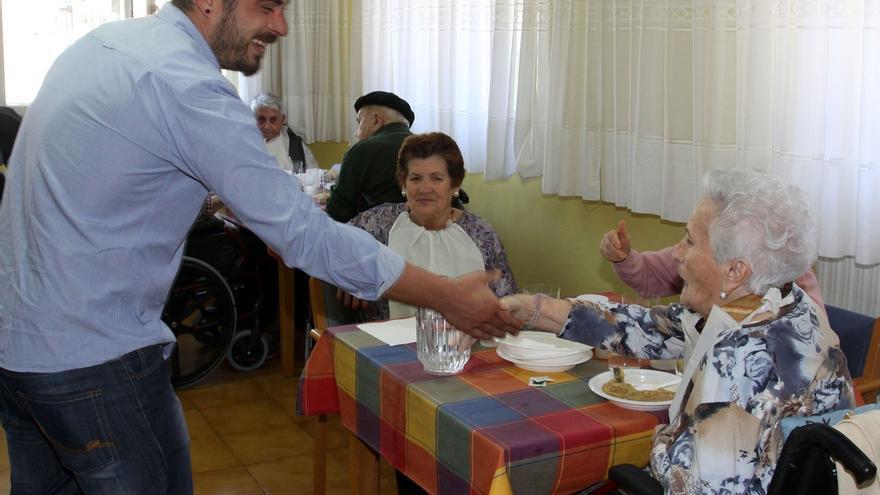Diputación de Gipuzkoa firma el convenio con el Ayuntamiento de Elgoibar para asumir la residencia municipal San Lázaro