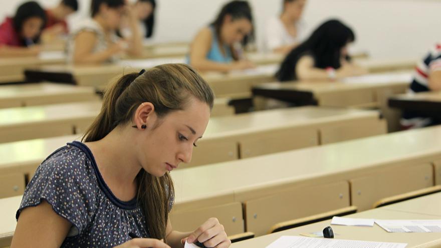 El presupuesto de Educación cae un 14,4 por ciento, 1.944,73 millones de euros en 2013