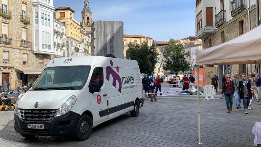 Una furgoneta de Montai hace unos días en Vitoria