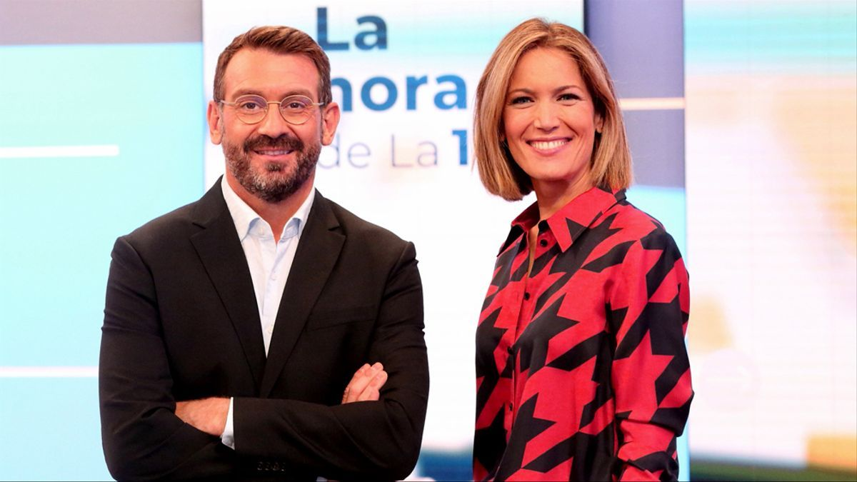 Marc Sala y Silvia Intxaurrondo, en 'La hora de La 1'