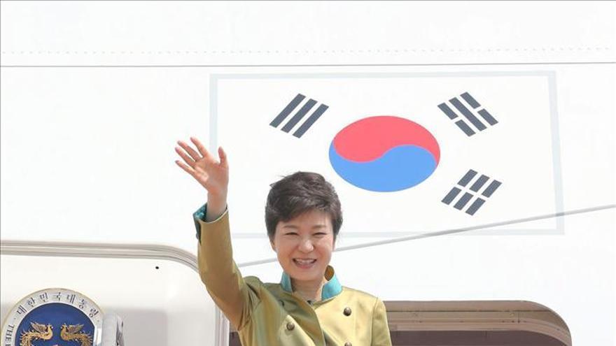 La presidenta surcoreana parte a Estados Unidos para reunirse con Obama