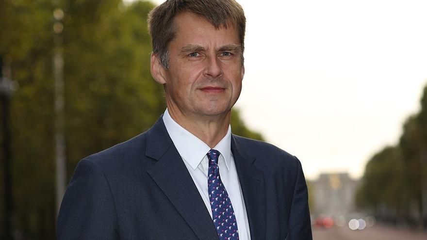 El nuevo embajador de Reino Unido en España asume su cargo