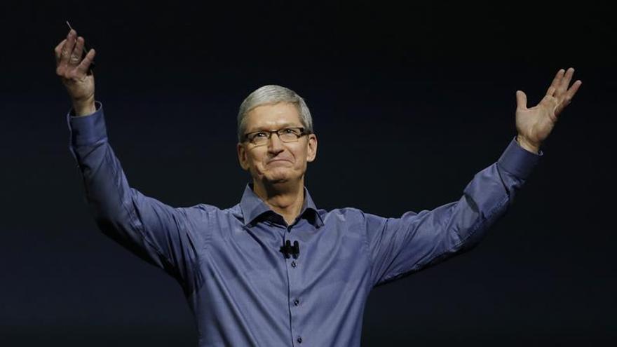 Apple dice que no dará el brazo a torcer en defensa de la privacidad del iPhone