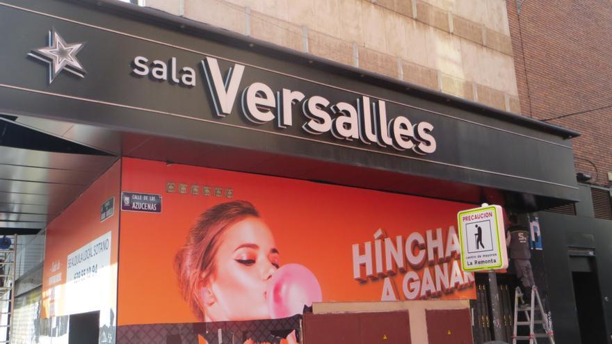 Obras de remodelación la sala de juego Versalles, en Bravo Murillo