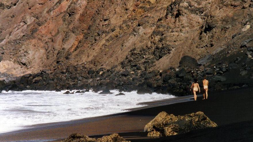 Playa del Inglés, zona natural para el baño en el municipio gomero.