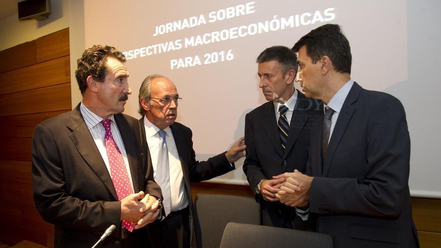 ADYPE junto a BBVA, Laboral Kutxa y CaixaBank analiza las perspectivas macroeconómicas para 2016