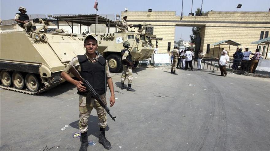 Mueren dos mujeres en un tiroteo entre policías y extremistas en el Sinaí