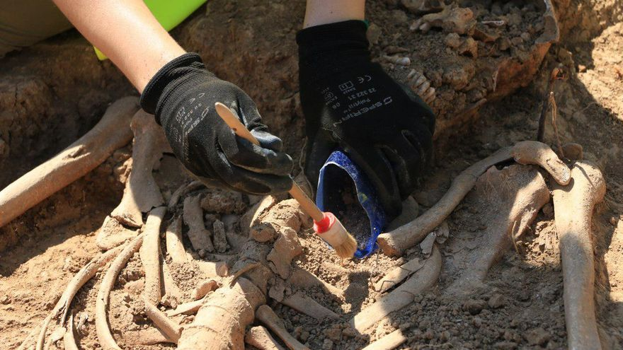 Exhumación fosa