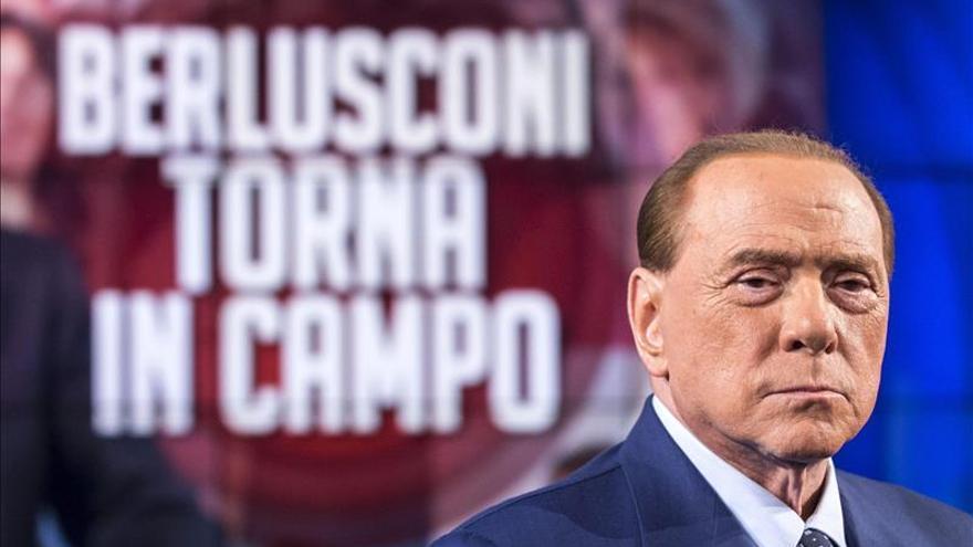Berlusconi pide una coalición liderada por la ONU contra el EI y critica a los líderes
