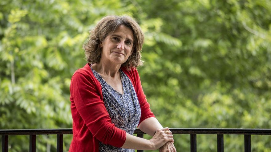 Teresa Ribera, en un balcón del Ministerio para la Transición Ecológica, antes de la entrevista.