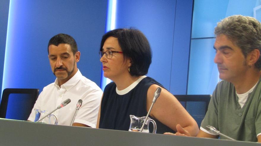 Cristina Macazaga, con Roberto Sánchez y Patxi Nicolau en junio de 2018