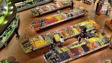 Un análisis de la OCU no encuentra rastro de coronavirus en los envases de los productos de supermercado más demandados