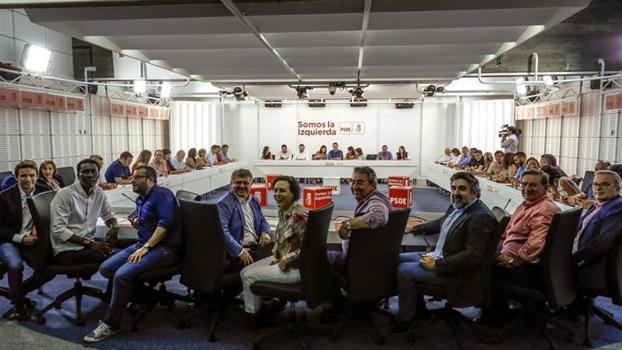Lastra y Simancas reforzarán la dirección de Robles en el grupo del Congreso